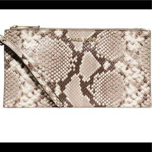 Michael Kors Snake-embossed wristlet